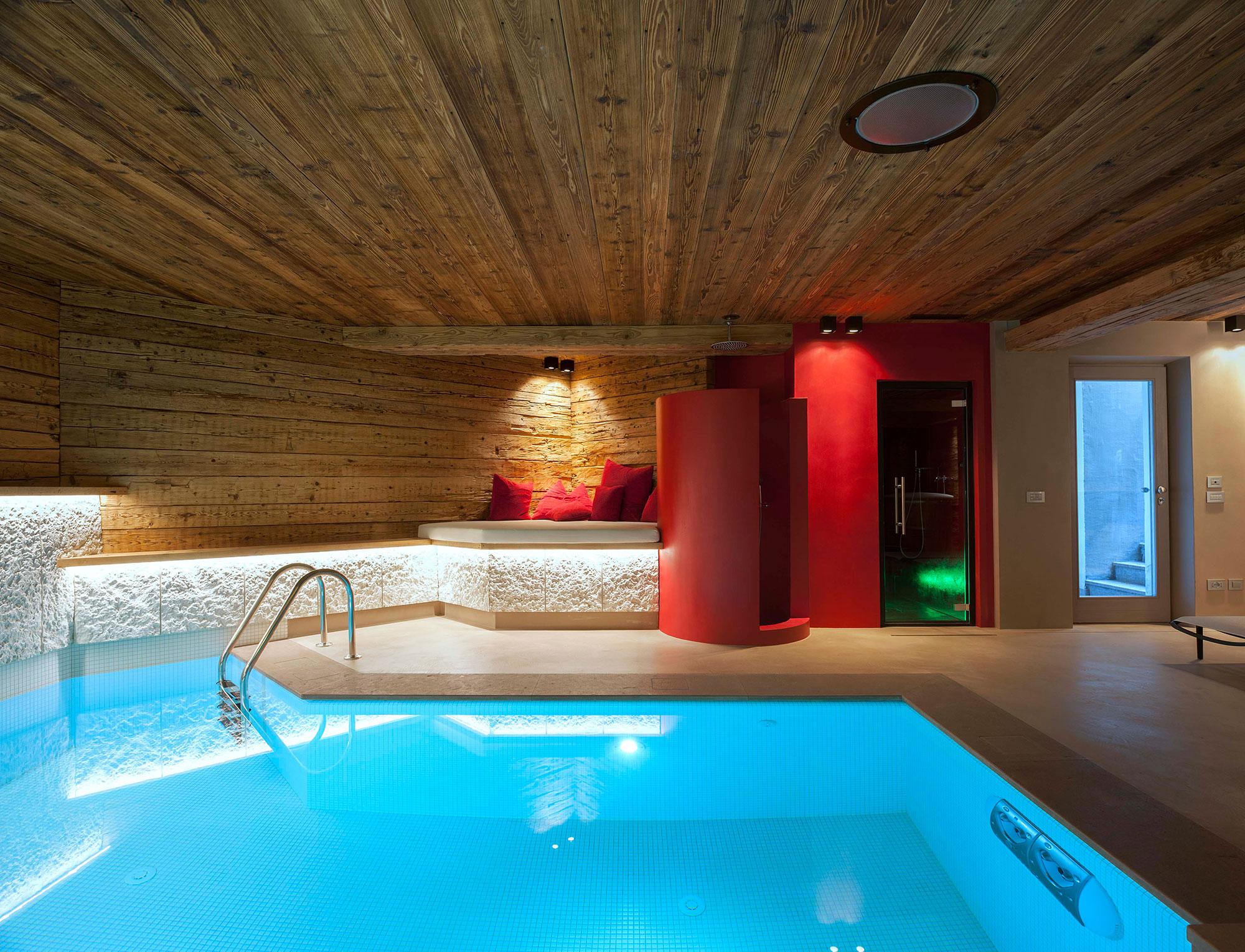 Villa cortina d 39 ampezzo vimar energia positiva for Cortina screen