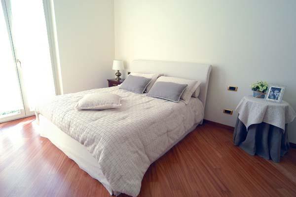 Villetta milano vimar energia positiva - Camera da letto milano ...