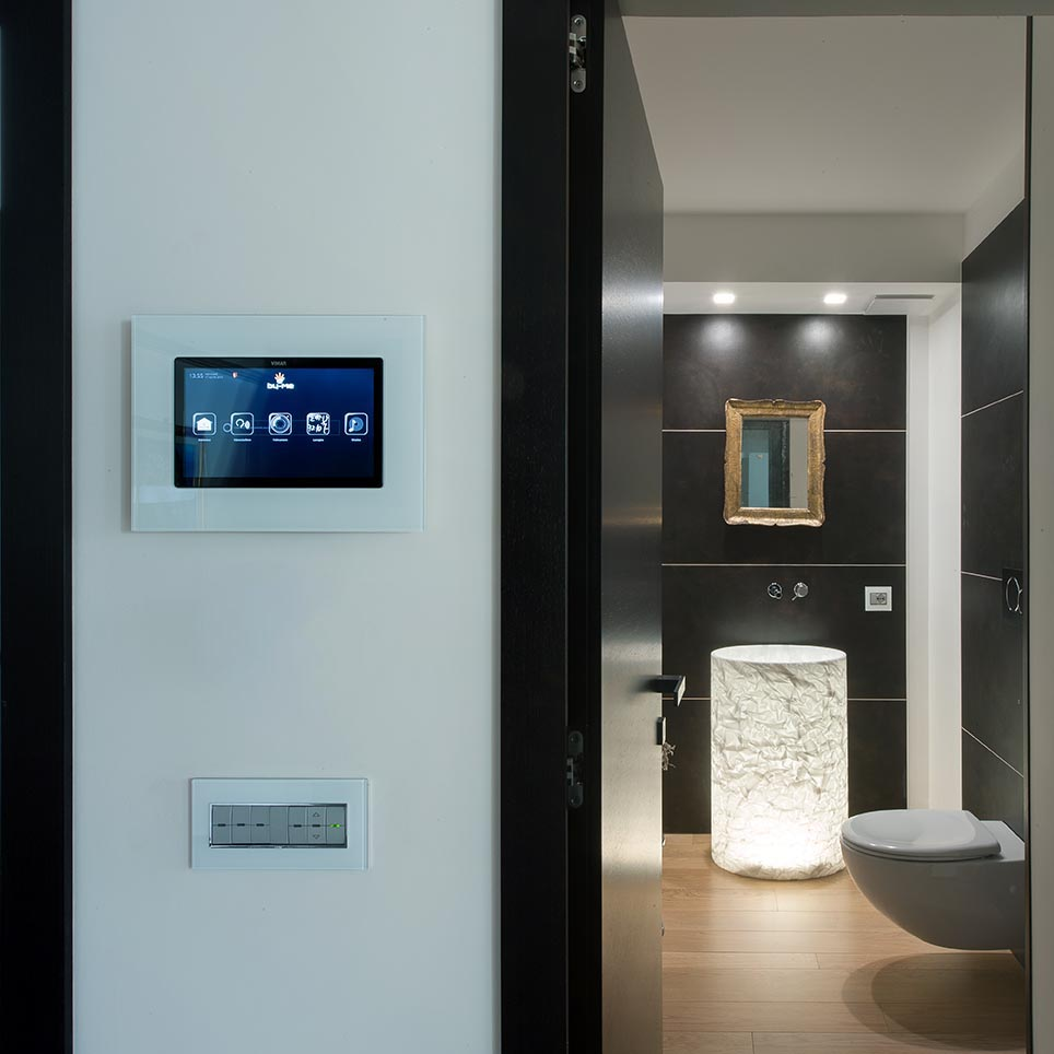 Villa taranto vimar energia positiva - Interruttori elettrici vimar ...