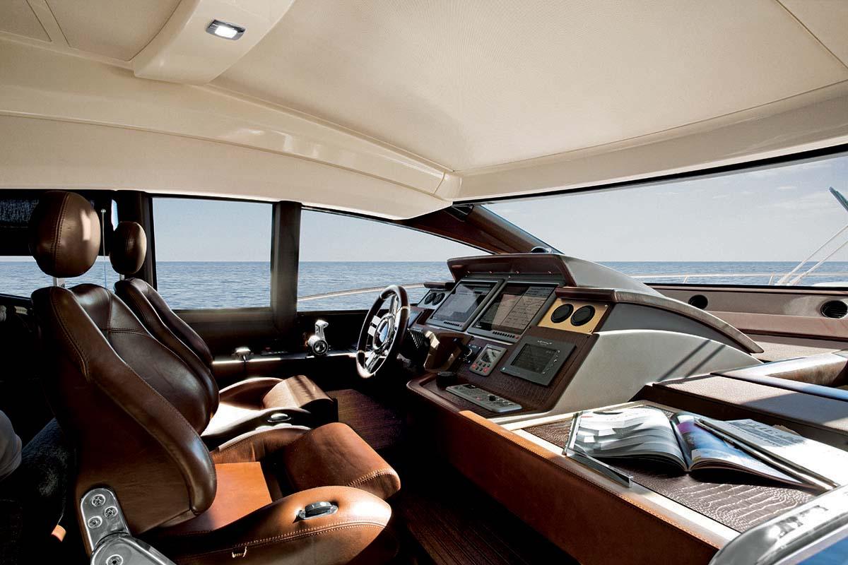 Azimut 70 Yachts